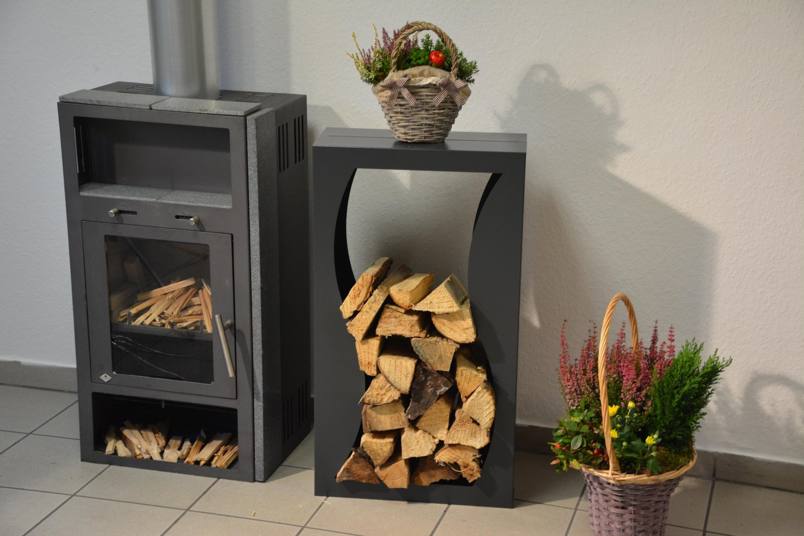 Brennholzregal innenbereich  Kaminholzregal Metall Welle Innenbereich - Regal aus Metall
