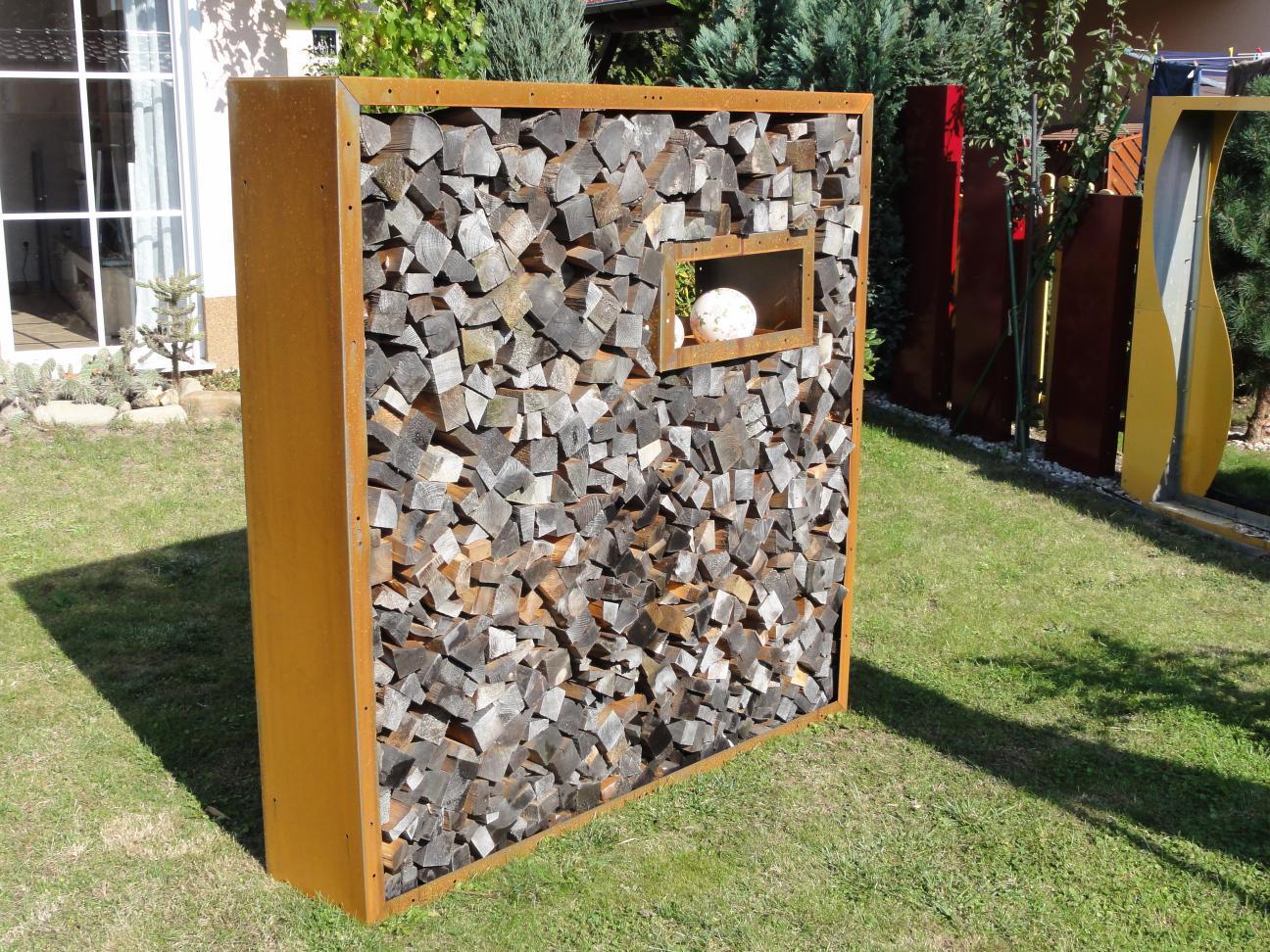 Kaminholzregal außen  Metall 1,9 m x 1,2 m Corten Edelrost